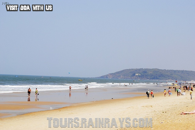 Calangute Beach Tourist Goa India. Get Hot deal in cheap budget, Travel and tour packege by more then one operator