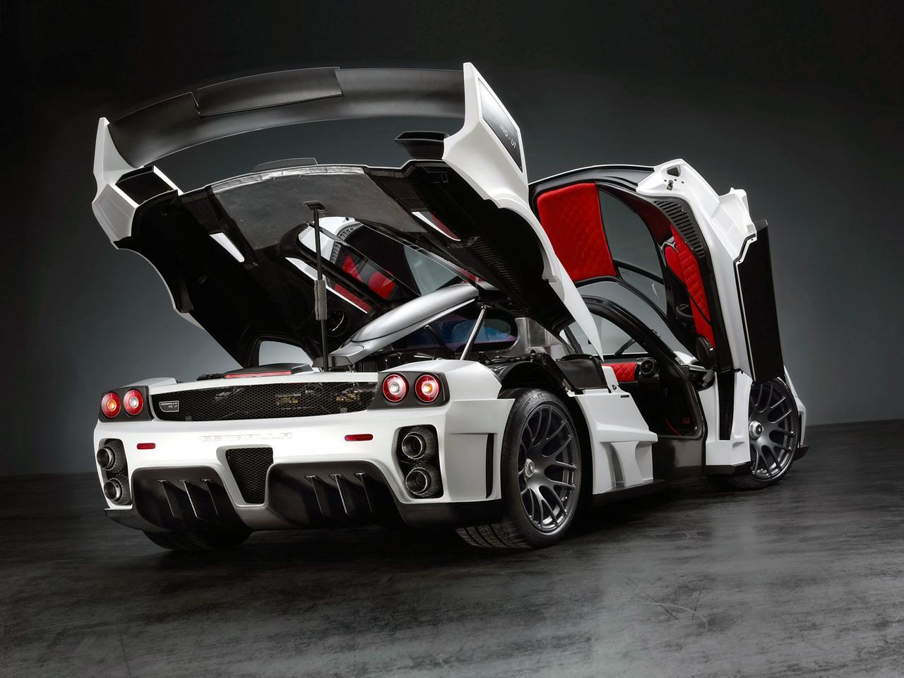 nah itu di gambar dari mobil mobil modifikasi yang keren dan menarik  title=