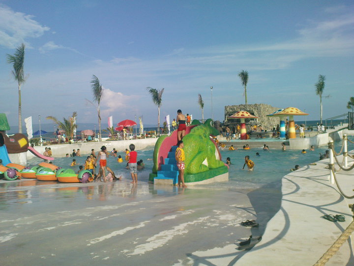 Make it davao emars wavepool - Apartelle in davao city with swimming pool ...