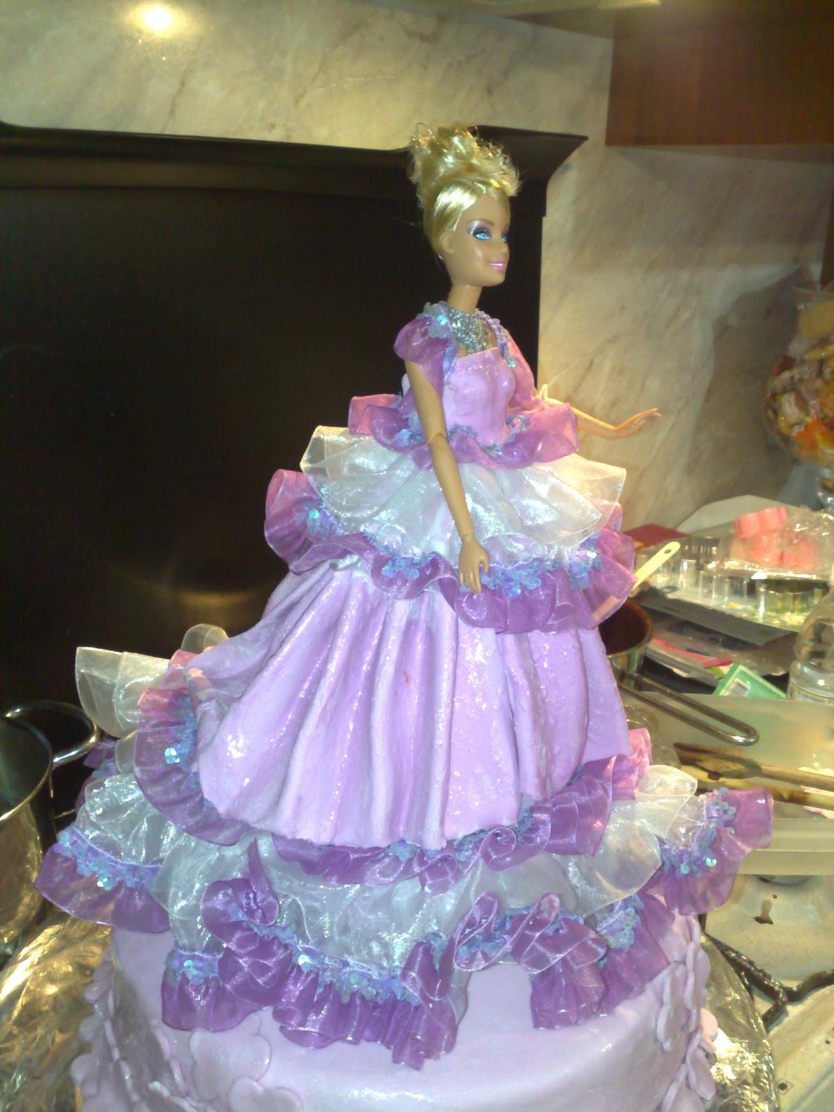 Dolci idee e non solo due torte per un solo compleanno for Idee per torta di compleanno