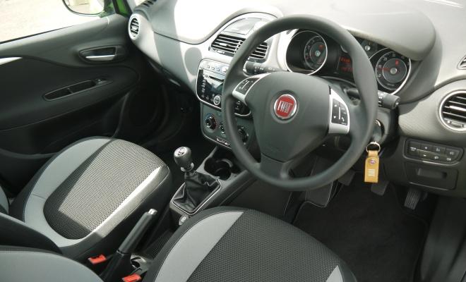 2012 Fiat Punto interior