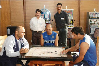 Shewag-carrom-game-sachin