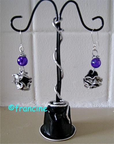 Francine bricole petit pr sentoir boucles d 39 oreille - Presentoire boucle d oreille ...