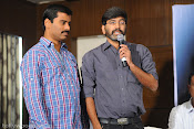 Yeto Vellipoindi Manasu Success Meet-thumbnail-11
