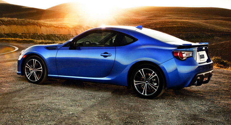 2016 subaru brz gains new tech features drops 300 in price. Black Bedroom Furniture Sets. Home Design Ideas