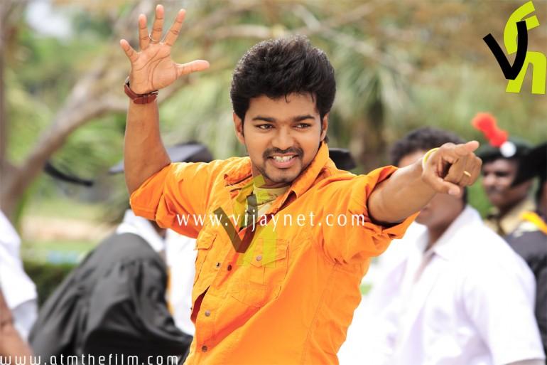 VFNET: Azhagiya Tamil Magan stills Naalaiya Theerpu