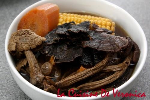 野生雲芝茶樹菇姬松茸煲排骨, La Cuisine De Veronica, V女廚房, Mrs.T