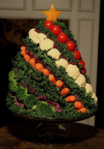 fruit and veggie christmas tree ideas