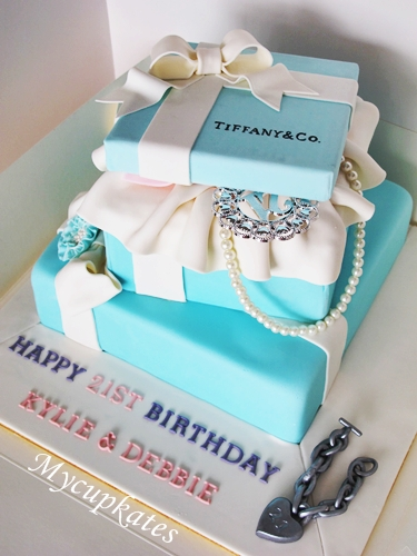 How To Make A Tiffany And Co Cake