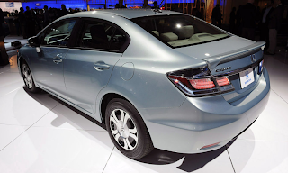 Acura Hybrid on Here S A Look At The 2013 Honda Civic Hybrid At The La Auto Show  This