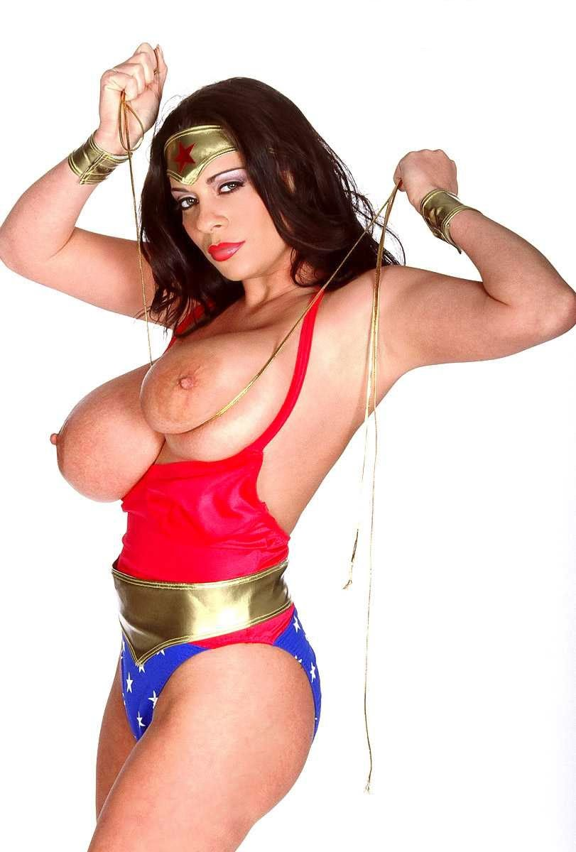 cosplay topless sexy de wonder woman