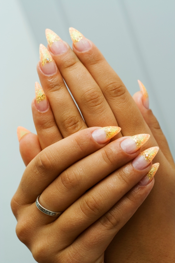 Lovely French Manicure Nail Art Ideas - News fashions Asian