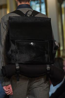 TREND SPFW INVERNO 2014 | Rústico Fake: as chics e lindas mochilas da Ellus