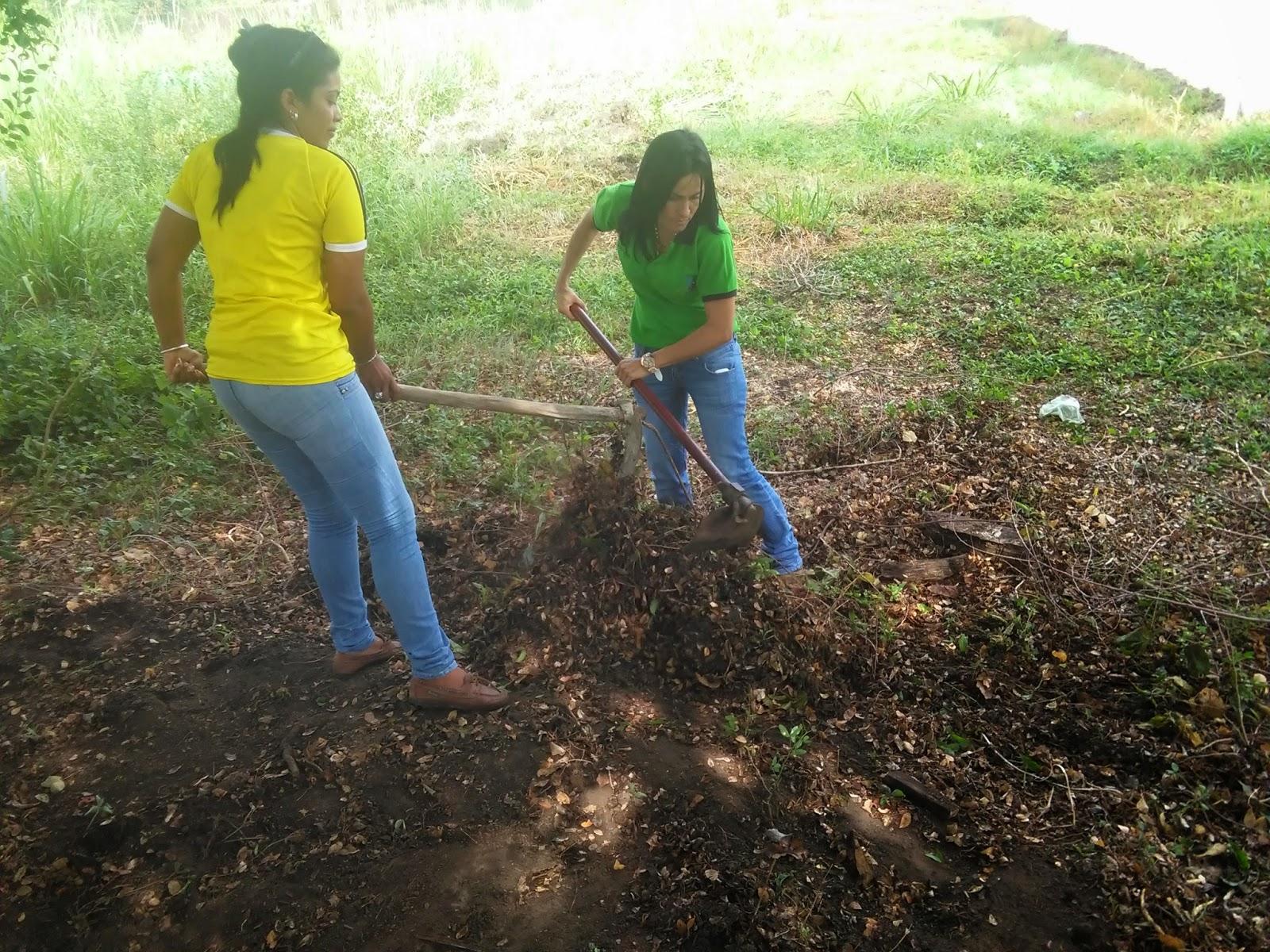 Visi n agroecol gica estudiantes de agroecolog a realizan for Lagunas para cachamas