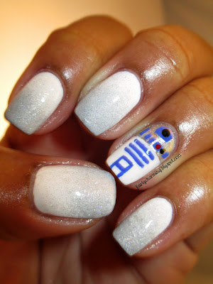May Tri Polish Challenge, Day 4, R2D2, nerd, nerdy, Star Wars, nails, nail art, nail design, mani