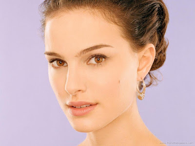 Natalie Portman Hollywood Actress Glamorous Wallpaper-08