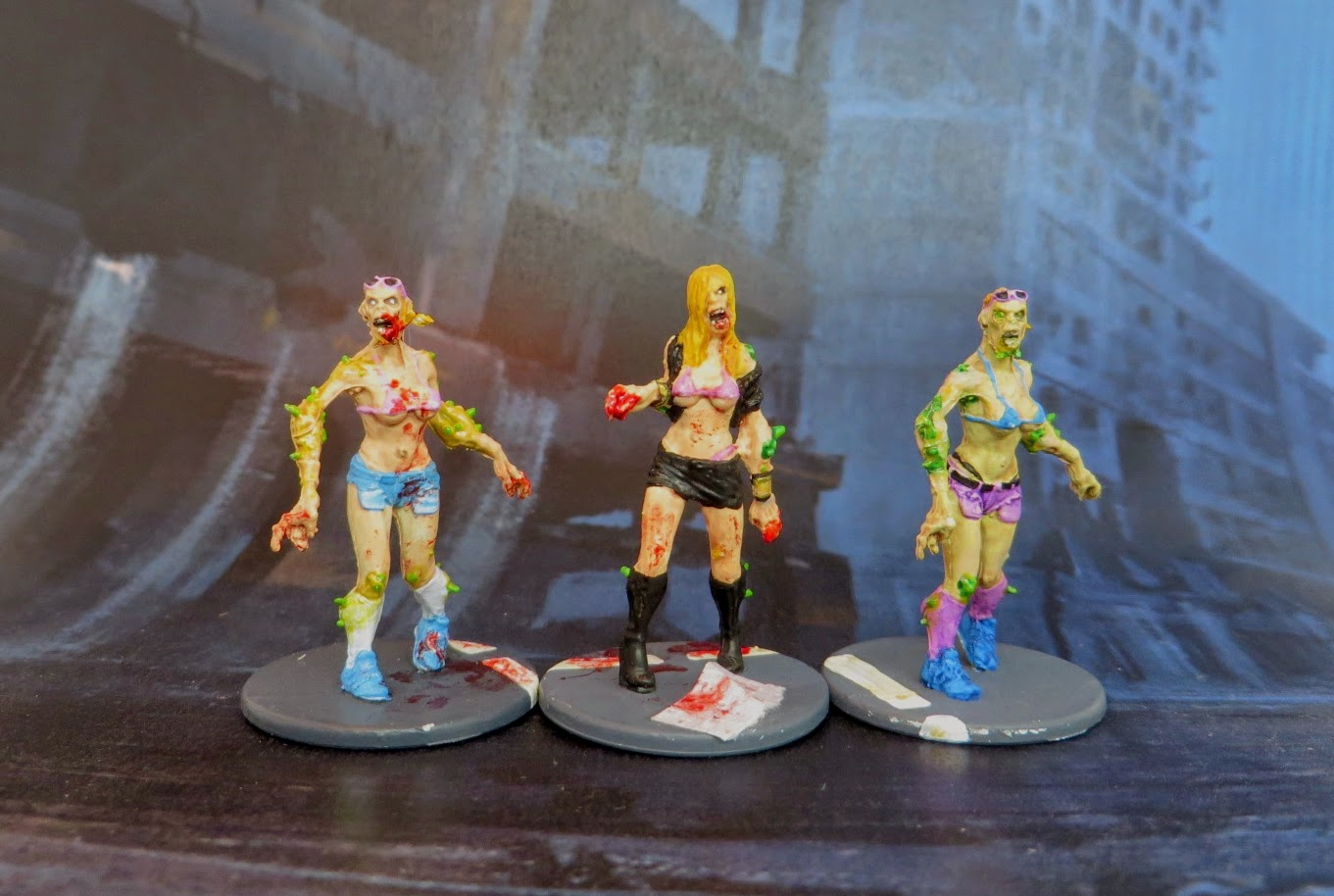 Zombicide, Toxic, Walker, bikini, Babe, zombie, painted,