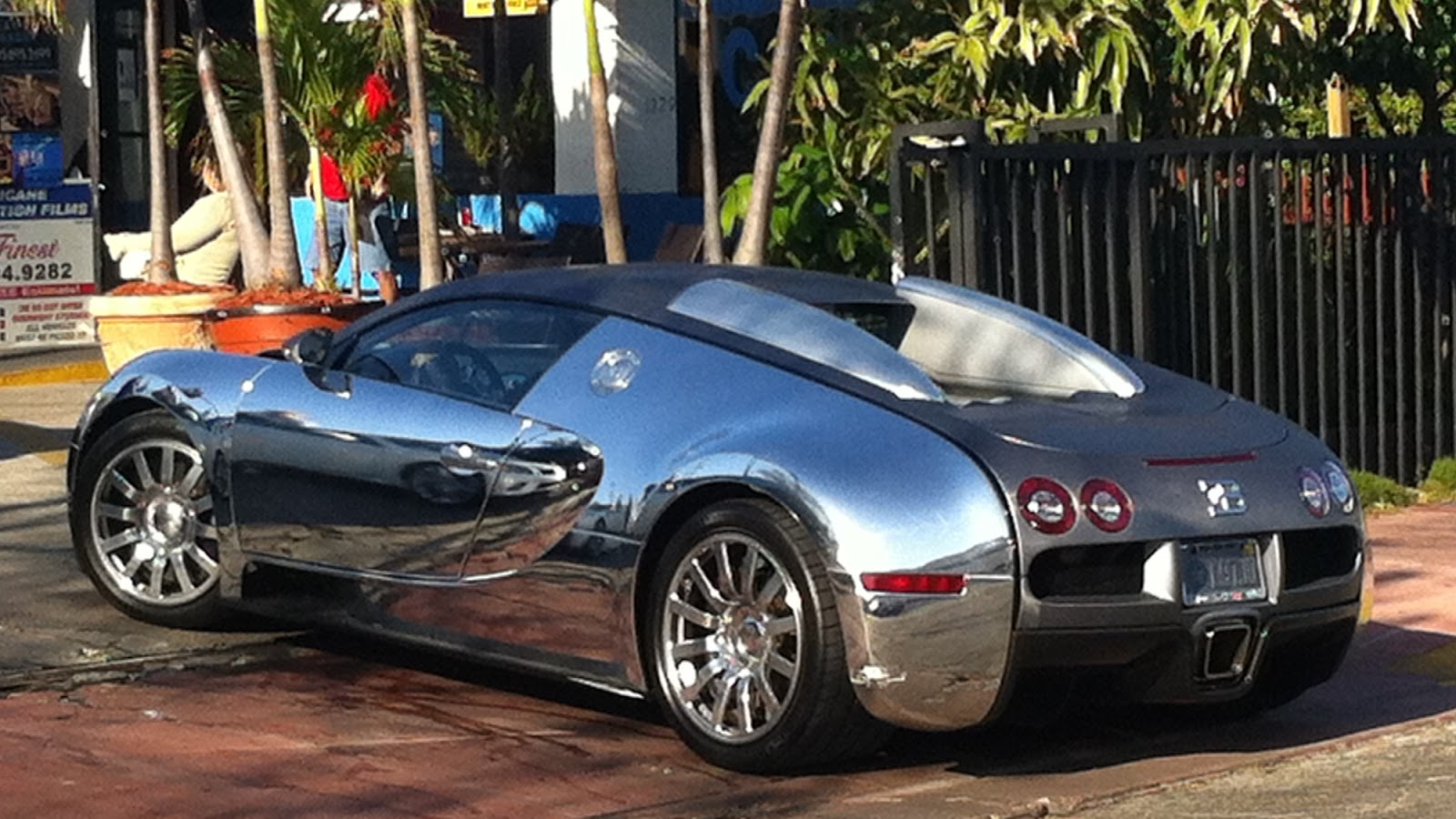 chrome bugatti veyron south beach exotic cars on the. Black Bedroom Furniture Sets. Home Design Ideas