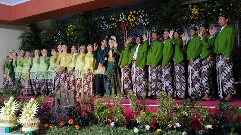 Dekorasi Tenda Pernikahan Nuansa Hijau - IklanKita.Biz