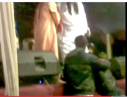 Video Ustad Hariri Lagi Marah-Marah Kepada Penonton