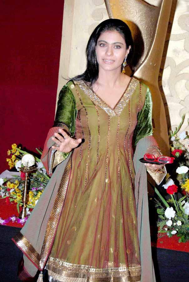 Lehenga Saree | Page 8 of 23 | Zeenat Style