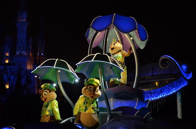 Night parade in Tokyo Disneyland