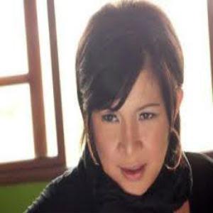 Irianti - Bebas (Feat Momeyz)