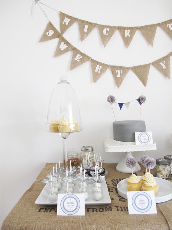 Sweet Table mit süßen Sachen