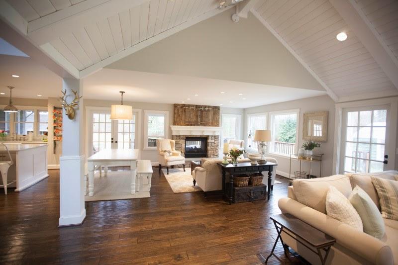 My sweet savannah keller farmhouse for Open farmhouse house plans