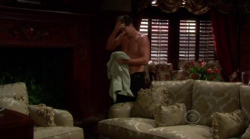 Michael Muhney Shirtless in the Young and the Restless 20110802