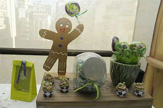 Shrek decoration for children parties, table centerpieces