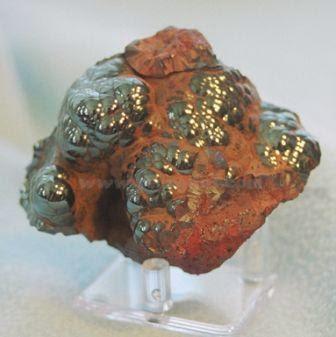 Hematite memiliki warna gores abu-abu