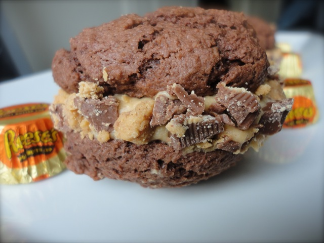 Eat Cake For Dinner: Chocolate Peanut Butter Cup Whoopie Pies