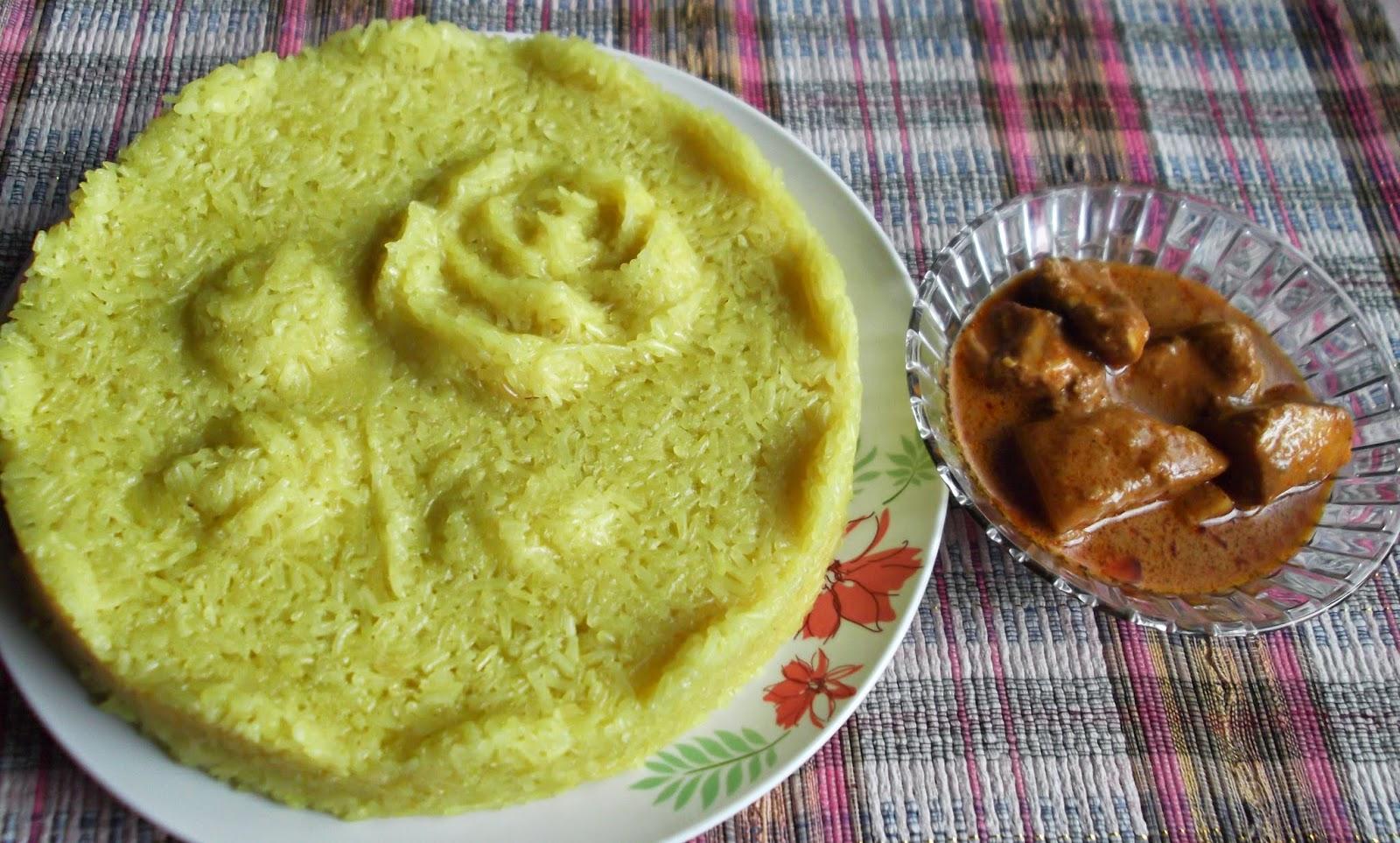 Pulut Kuning dan Kari Ayam Special