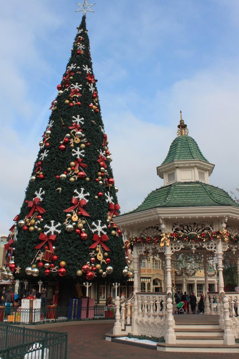 christmas day at disney world florida