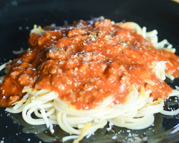 Mom's quick and easy spaghetti recipes with ground beef or meatballs.