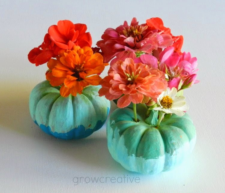 http://growcreative.blogspot.com/2014/10/painted-pumpkin-floral-vases-tutorial.html