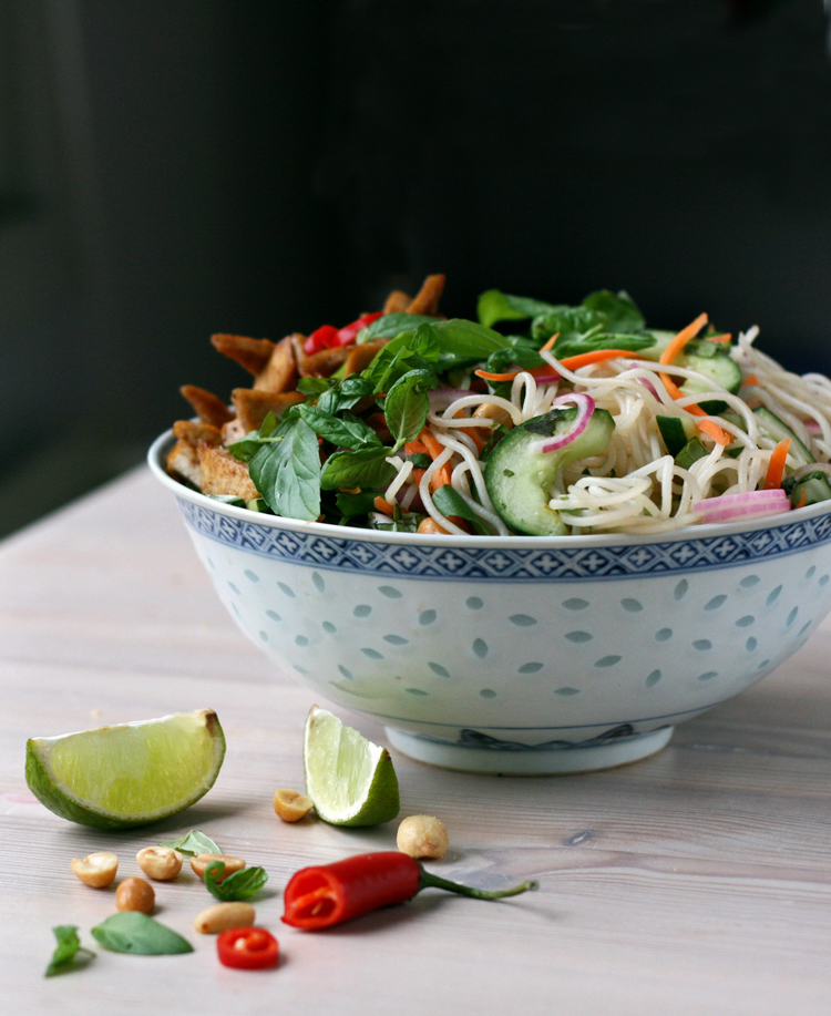 Vietnamese rice noodle salad with crispy tofu