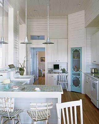 Country Kitchens Ideas on Deux Chiens Et Un Garcon  Kitchen Dreams