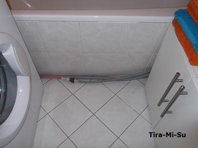 blogworld of tira-mi-su: wasserschläuche im bad verstecken - Waschmaschine In Der Küche Verstecken