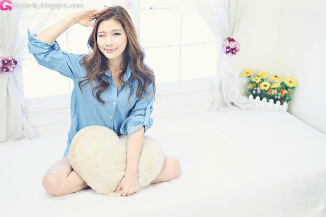 2 Hwang Ga Hi - Blue Denim Shirt-very cute asian girl-girlcute4u.blogspot.com