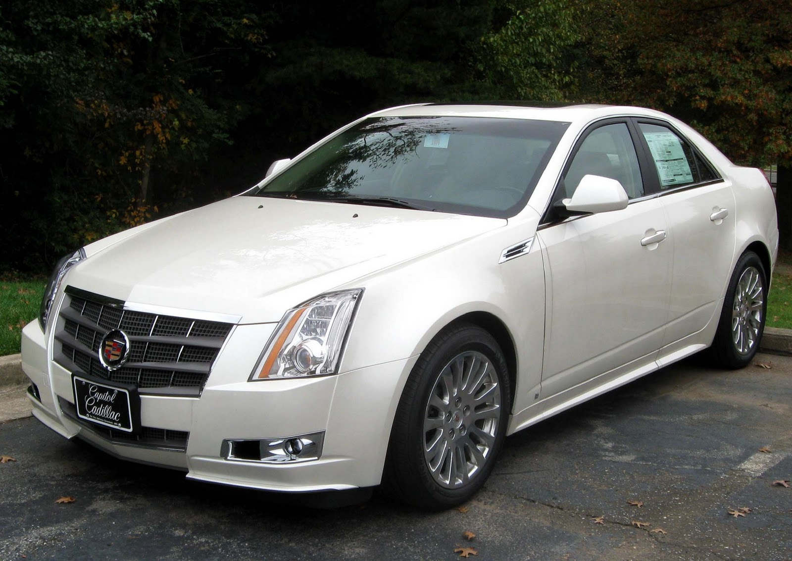 wanted car reviews cadillac cts sedan coupe 2011. Black Bedroom Furniture Sets. Home Design Ideas