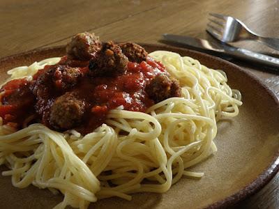 cómo hacer espagueti a la boloñesa
