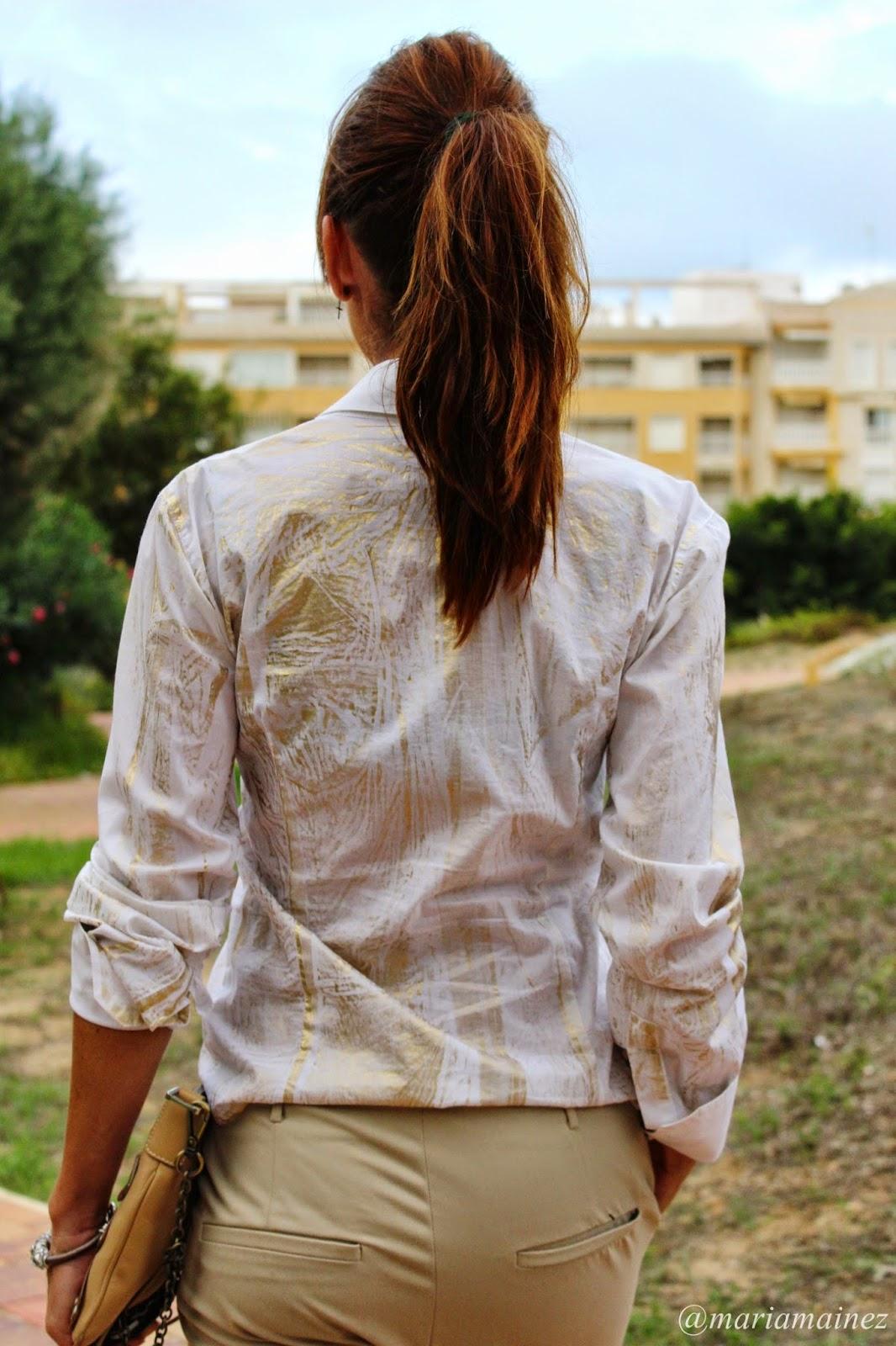 Denny Rose - Camisa Blanca - Pantalón Mango - Bolso Tous