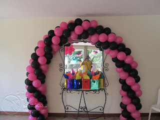 DECORACION MONSTER HIGH CON GLOBOS RECREACIONISTAS MEDELLIN