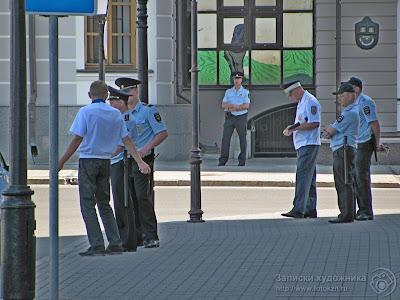 Полицейские в Казани