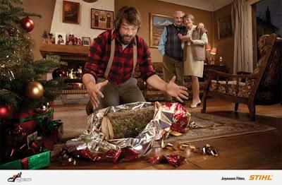 Publicidad regalo extraño de navidad