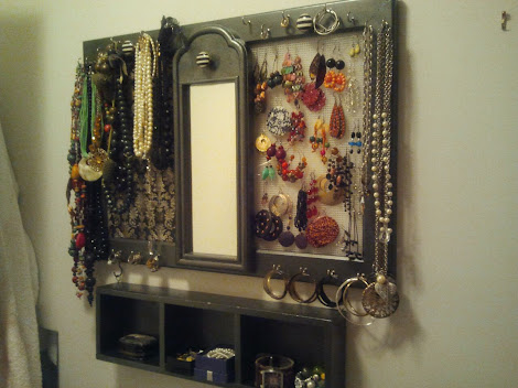 ORGANIZE YOUR JEWELRY ONCE &amp; FOR ALL