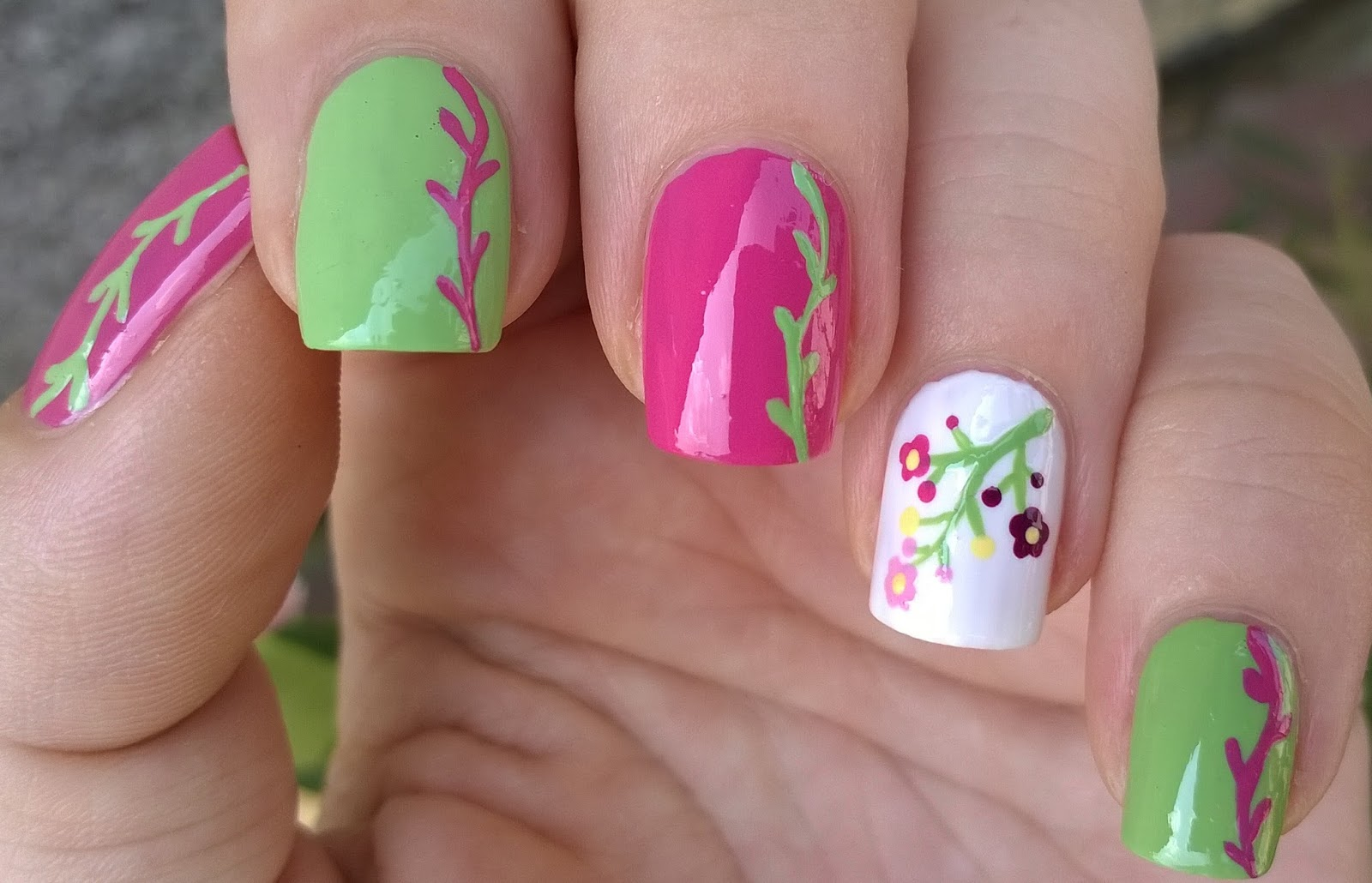 Nail Art Brush Designs Fl Nails In Pink Green White