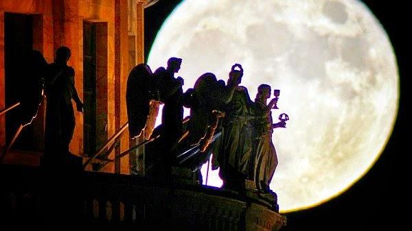 luna pascua